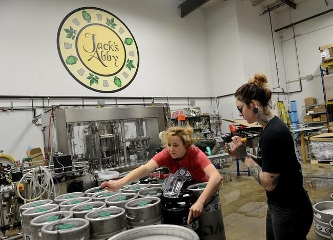 Big news from @JacksAbby - moving, expanding, canning and a restaurant - http://t.co/qcosn26vW6 http://t.co/vNP7sJED87