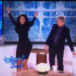 Ellen doing what any real nigga would do when the chance to see that ass shows itself http://t.co/hgv2It6nRx