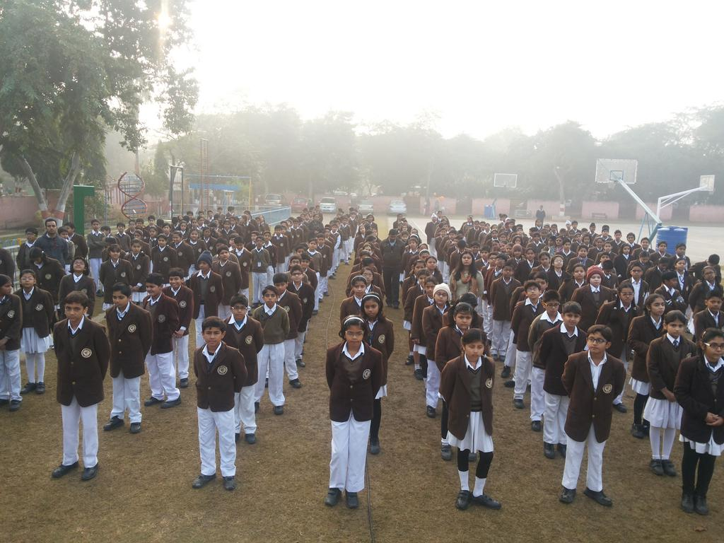 Morning assembly in Noida Apeejay School observes two minutes of silence for innocents killed in #PeshawarAttack http://t.co/kPBRaDmXht