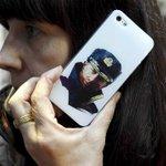 Chute du rouble: Apple cesse de vendre ses produits en Russie http://t.co/eb3phqKhdp http://t.co/liuE6yMPEi