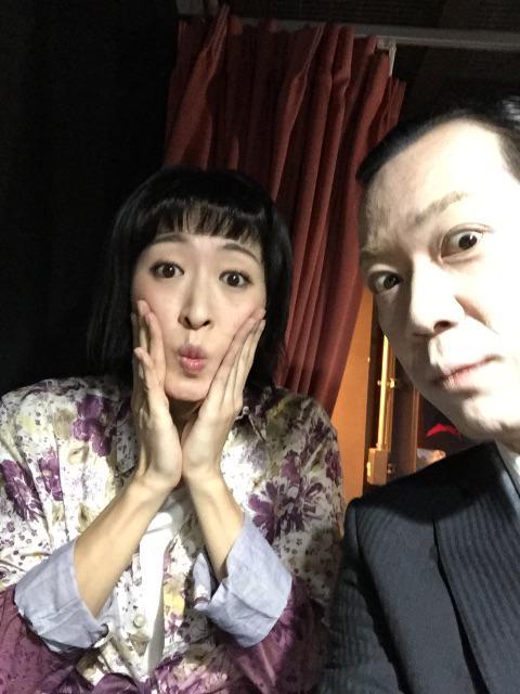 「私はスター」唯一の花京院と星さんのツーショット写真。そもそも花京院のこの顔の写真が少ない! http://t.co/6kwFVFnGYC