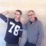 Anche gli scrittori famosi fanno i selfie con #MADH, wow! 😉 @FrancescoAbate #Sayonara http://t.co/g9isI9MXZs