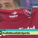 ¿Querés ganarte la camiseta de Newells?  Seguí esta cuenta y dale RT  #LaDeNewellsEnSportia http://t.co/HkevdqByoU