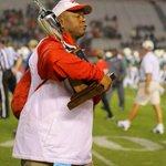 Coach Peak taking that trophy home😂😂😂 http://t.co/yNnBYXRjaa