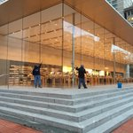 The downtown #Portland @Apple store: A window washers paradise -- or nightmare. @annamarum #pdx http://t.co/cB6KtDZyws