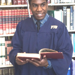 Congrats to my son Jahvaris on his graduation from FIU!  #ProudMom #ProudParents #FIUgrad #FutureLawyer #NoObstacles http://t.co/e8tIx54LoY