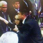 Mujer insta a @EPN a pedir perdón por caso Iguala http://t.co/8DgSEO3Klt http://t.co/efD5ujmQYs
