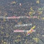 Die @BVB Fans stehen hinter #Klopp und Co.! #BVBWOB @SPORT1 @SPORT1fm http://t.co/LdPe16Lt3u