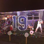 ICYMI: A @Padres fan is honoring Tony Gwynn with Christmas decorations: http://t.co/T2XTvKvoA8 http://t.co/CU84YMk6cm