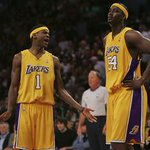 """""""Kobe said we cant shoot at all?!?"""" - Smush Parker http://t.co/PP0pKNpBPr"""