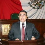 Secuestran a diputado del PRD en Morelos http://t.co/q5Z3IvZNs0 http://t.co/4OLgz3oDPD