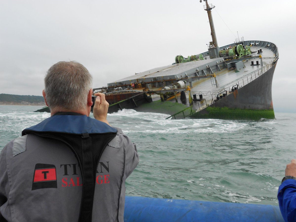 #CrowleyMaritime's #TITANSalvage refloats and scuttles #shipwreck off coast of south #Africa. http://t.co/yGYLGM3gGK http://t.co/C2wAuN1xgL
