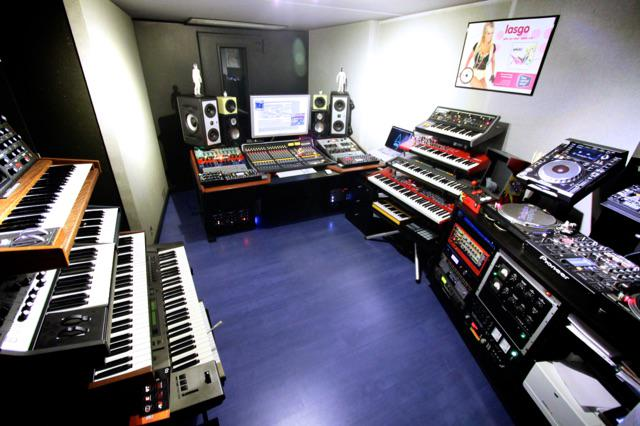 #mystudio #soundcloud http://t.co/6CbU5RRI5s