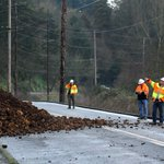 ROAD CLOSURE: River Road S will be closed through Thursday morning for repairs after mudslide http://t.co/C9nKqm697T http://t.co/y4c9veTxlH