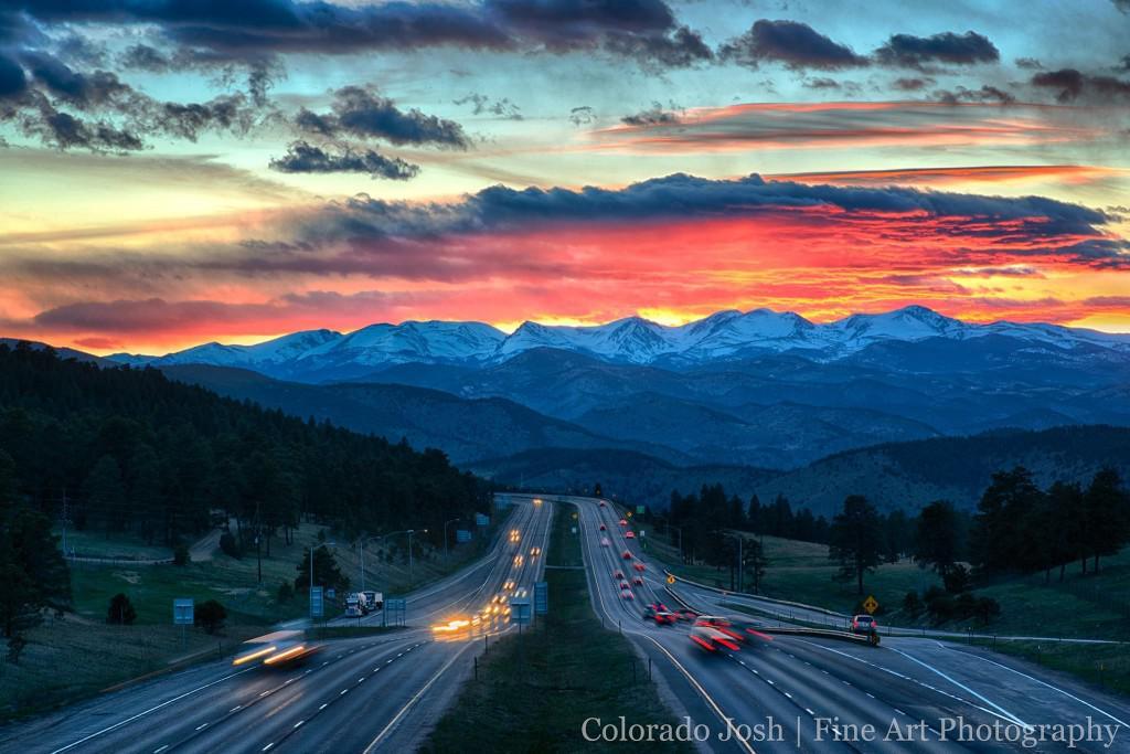 Probably my most favorite pic of  #Colorado https://t.co/iO4KOlE9ES (Mt @AlpenLux #Boulder #Colorado #ColorfulColorado #GreatColoradoSunsets