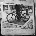 SE NECESITAN #BICIPARQUEADERO @alcaldiabmanga. Gracias @gentecabecera de @Bucaramanga por su reporte. @Ciclaramanga http://t.co/MhACuzQC28