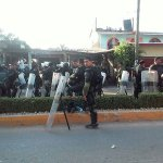 Se hace responsable al ejército y a @EPN de cualquier situación que se presente en #AyutlaDeLosLibres @Omarel44 http://t.co/XXRtJxDQ6y
