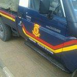 Kiserian police car on guard from Uhuru Highway @BoniMtetezi @OccupyKE #OccupyParliament http://t.co/A7KwOFEpCA