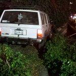 #morelia Accidente, Calzada la Huerta a la altura de Waltmart, camioneta choca de sur a norte en el puente vehícular http://t.co/HQZ1th1BWt
