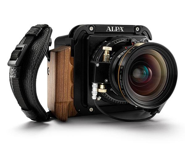 "The Phase One A-series medium format ""mirrorless"" cameras have been official announced. http://t.co/hl6dhc7koP http://t.co/jJLoghSCmP"