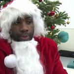 Teddy Riner joue les Pères Noël pour les enfants malades http://t.co/Q6BCmKGmCO #AFP http://t.co/9ImbALFPRK