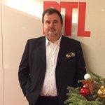 """Pour ma dernière chronique avant Noël dans @LVT_RTL Pierre Hermé vient nous régaler de son """"Macaron"""" @ed_lamartiniere http://t.co/fGrFZlgTp3"""