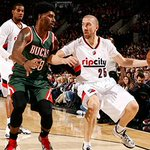 Still undefeated in the sleeved jerseys. #SupportTheSleeves TONIGHTS PHOTOS: http://t.co/1kzxKU7Jjv http://t.co/WZsrvpGBvs