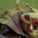 Монгол залуу ийм мундаг эрэмгий http://t.co/HWluYzq1It