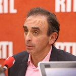 Éric Zemmour, en exclusivité au micro de Yves Calvi à 8h15, répond à la polémique > http://t.co/62HaLZuj8E http://t.co/WTHBdfJKcR