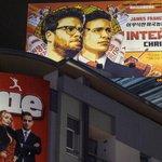 미국의 한 인권단체가 김정은 북한 국방위원회 제1위원장의 암살을 소재로 한 영화 인터뷰의 DVD를 북한에 살포할 계획이라고 밝혔다. http://t.co/KI72iFPtg8 http://t.co/eoffmglKR1