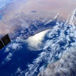 Hello #Oman! Thats how we see you from #space. Very intriguing cloud pattern over the Gulf! http://t.co/FrneNc8C92
