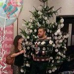 Its the true test of a Christmas jumper whether it allows you to blend in with an actual Christmas tree http://t.co/Ek9GFw94d7