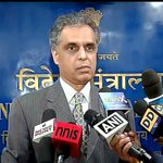 We call upon Pak to reverse this decision, there can be no selective approach towards terrorism: MEA on Lakhvi http://t.co/H6roD1n256