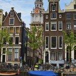 Voor elke boeking via #Airbnb vangt gemeente #Amsterdam voortaan 5 procent toeristenbelasting http://t.co/inPOVfk498 http://t.co/A7Lvjf1eZh