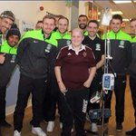 This photo made my morning. Thats what Christmas is all about. Well done, @HibsOfficial http://t.co/dHlplNBvhK