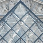 #Horaires : les mercredis 24 et 31 décembre 2014, le #Louvre sera ouvert de 9h à 17h. Pas d'ouverture en nocturne http://t.co/Fg8dZxMqPC