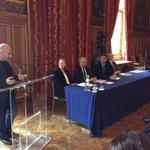 @PierreSerne : la région @iledefrance a voulu soutenir le #GNV pour les Nouveaux Véhicules Urbains #stopdiesel2020 http://t.co/U8jXOiqUpB