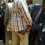 Hawker go sell clothes tubMuthama @prettyMarshall: On my way to #OccupyParliament http://t.co/Nr7wH8D5Fy