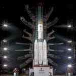 インドのロケット(GSLV III)、なんだかとってもインドっぽい。うまく言い表せないけどインドっぽい。 http://t.co/Kc5AX6Q40U