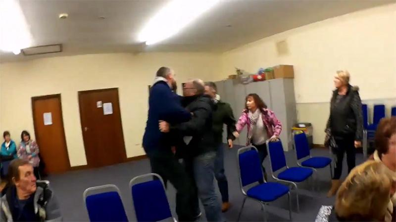 VIDEO: Fight breaks out at parish council meeting http://t.co/cJgqiqMuE5 http://t.co/xGms3jnN2G