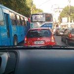 Um dos motivos da Alameda engarrafar, eles fazem uma pista seletiva mais os ônibus não respeitam. @LeiSecaRJ http://t.co/1onXFACT1p