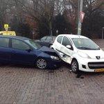 Weer ongeval kruising Achtseweg Zuid-Groenewoudseweg. Na @JBruma schept @RikElfrink auto die geen voorrang verleent. http://t.co/5wdt5bQPab