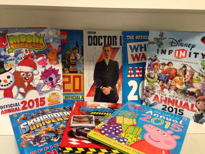 Annual bonanza! For the chance to #win all these @ladybirdbooks & @PuffinBooks annuals, RT by 5pm today. 18.12.14. http://t.co/Y6rgDiPlQS