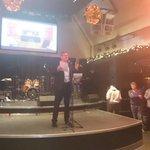 @Dig_Istha houdt geweldig verhaal voor burgemeester Vreeman. Rake woorden over partij & verdiensten van Vreeman.#pvda http://t.co/JmoRQe5Vvs