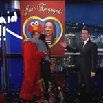#JimmyKimmel helps this man propose to his girlfriend with an elaborate scavenger hunt!!! http://t.co/FW2JDGKurZ