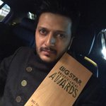 The Actor, The Villain- MY STAR, u deserve every bit of this award.. Congratulations @Riteishd #SoProud http://t.co/FehkB05lAI