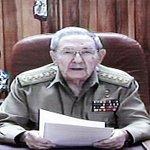 #Cuba No sólo es lo que se dice sino también cómo se dice y esta imagen es el pasado, el militarismo sobre el civismo http://t.co/earfLjUUb3
