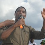 @HHichilema speaking live on 87.7 FM in Kafue. Hot FM live #outsidebroadast #ZambiaDecides http://t.co/OB0zMDJEyH