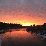 Sunrise over Calgary this morning. #YYC http://t.co/ckqI0c1ggG