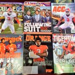 Oh u know....vic B just dropped by today and in the Christmas spirit!!! Clemson!!!! http://t.co/grt4WfbdIn